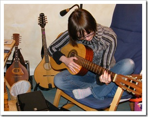 rosie guitar 4
